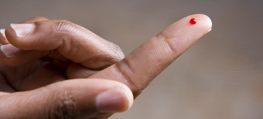 кровь из пальца